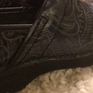 Dansko Shoes - Dansko Black Clogs